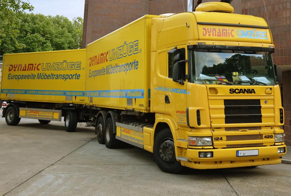 Dynamic Umzüge Fuhrpark - LKW mit Anhänger