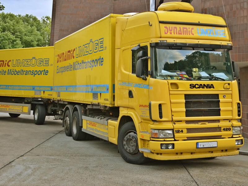 Dynamic Umzüge - LKW und Anhänger